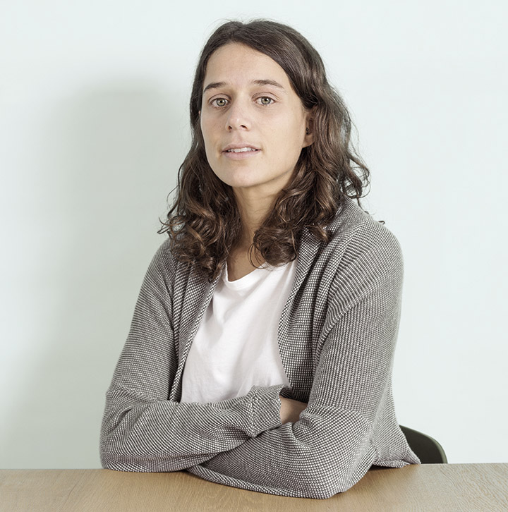 Anna Gil, Ponlaguinda